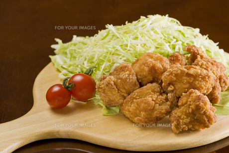 チキンと野菜の写真素材 [FYI00440411]