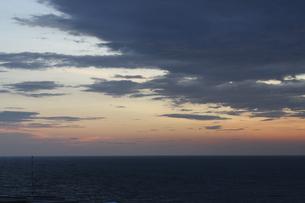 静かな夕凪の写真素材 [FYI00440531]