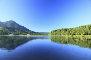 女神湖の写真素材 [FYI00440796]