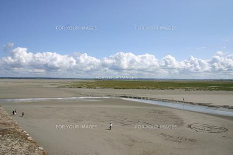 砂のメッセージの素材 [FYI00441100]