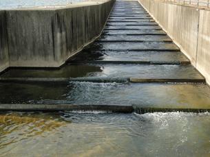 階段状の水路の写真素材 [FYI00441293]