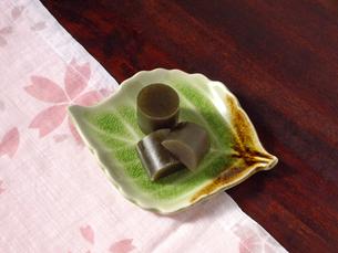 お茶羊羹の写真素材 [FYI00442071]
