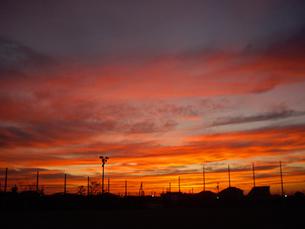 秋の夕焼けの写真素材 [FYI00442074]
