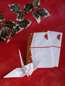 折鶴とのし袋の写真素材 [FYI00442109]