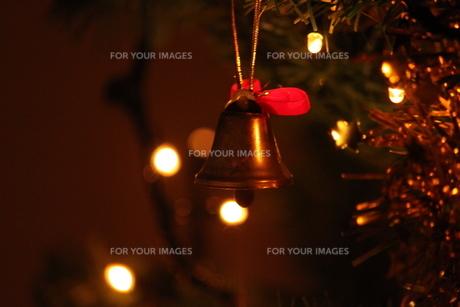 聖夜の鐘の写真素材 [FYI00442157]