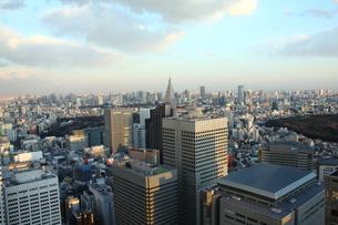 新宿の俯瞰風景の写真素材 [FYI00442496]