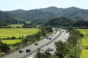 宮城県白井市・東北自動車道の写真素材 [FYI00442933]