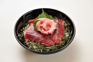 マグロ丼1の素材 [FYI00443238]