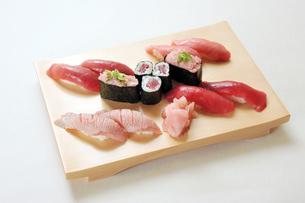 マグロづくし寿司の素材 [FYI00443302]