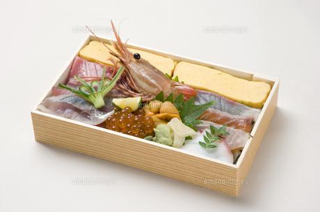 寿司折り詰め弁当-10の写真素材 [FYI00443345]