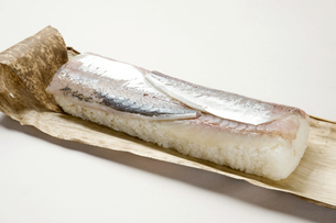 サバ寿司-2の写真素材 [FYI00443351]