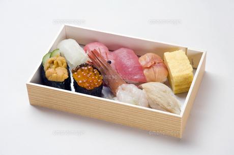 寿司折り詰め弁当-1の写真素材 [FYI00443356]