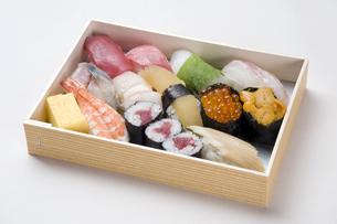 寿司折り詰め弁当-5の写真素材 [FYI00443357]
