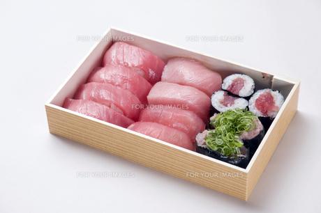 寿司折り詰め弁当-3の写真素材 [FYI00443361]