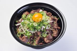 焼き肉丼-3の素材 [FYI00443400]