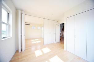 新築のベッドルーム1-9の写真素材 [FYI00443464]
