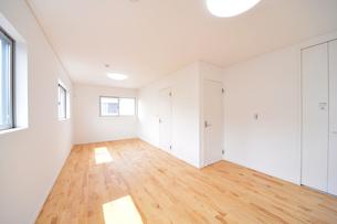 新築のベッドルーム1-1の写真素材 [FYI00443519]