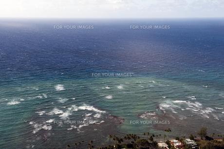 ハワイダイヤモンドヘッド頂上から望む太平洋-8の素材 [FYI00443553]