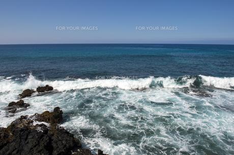 青い海と青い空-4の素材 [FYI00443604]