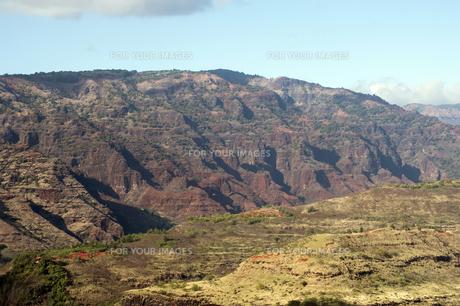 ハナペペ渓谷空撮、カウアイ島、ハワイ-1の写真素材 [FYI00444041]