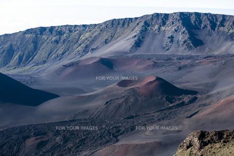 ハレアカラクレーター、マウイ島、ハワイ-9の素材 [FYI00444234]