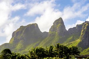 スリーピングジャイアント、カウアイ島、ハワイの素材 [FYI00444307]