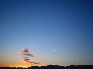 飛行機雲の写真素材 [FYI00444339]
