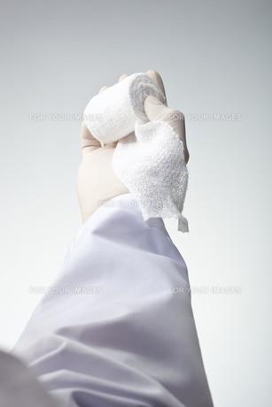 hands(bandage)_27の写真素材 [FYI00444517]