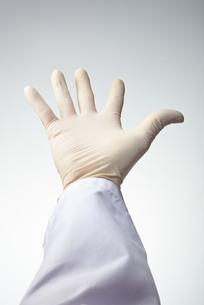 hands(gloves)_31の写真素材 [FYI00444618]