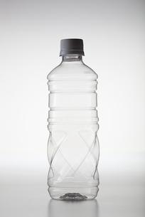 ecology(pet_bottle)_05の写真素材 [FYI00444620]