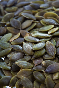 nuts(pumpkin)_02の写真素材 [FYI00445013]