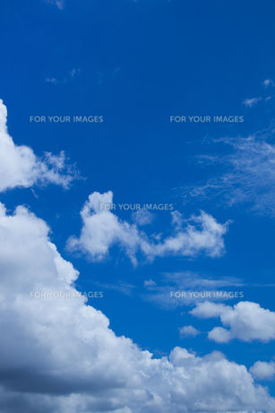 background[fleecy_clouds]_20の素材 [FYI00445894]