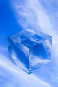 sky_cube_10の写真素材 [FYI00446815]