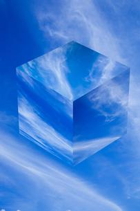sky_cube_28の写真素材 [FYI00446918]