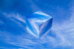sky_cube_26の写真素材 [FYI00446928]