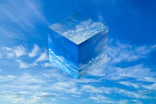 sky_cube_17の写真素材 [FYI00446930]