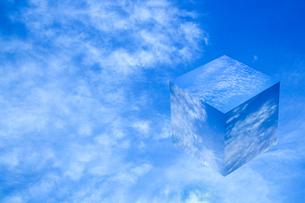 sky_cube_16の写真素材 [FYI00446937]