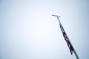 バットと星条旗の写真素材 [FYI00448192]