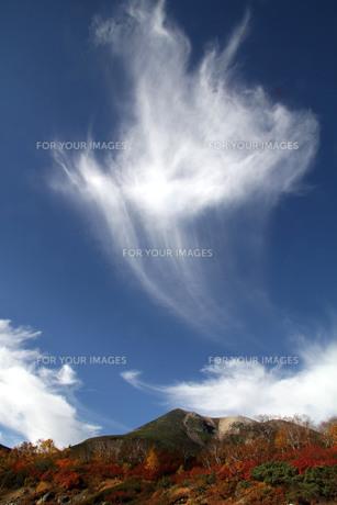乗鞍岳に沸き立つ雲の写真素材 [FYI00448335]
