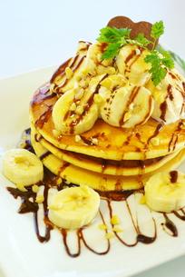 チョコバナナパンケーキの写真素材 [FYI00449500]