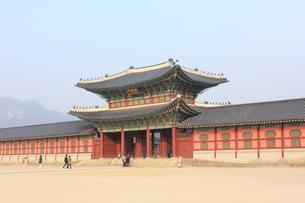 景福宮の興禮門の写真素材 [FYI00452516]