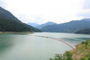 神流湖の写真素材 [FYI00452543]