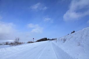 冬のビーナスラインの写真素材 [FYI00454106]