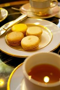 パリのカフェ〜マカロン〜の素材 [FYI00455853]