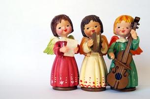 楽器を持った天使たち(横)の素材 [FYI00455854]