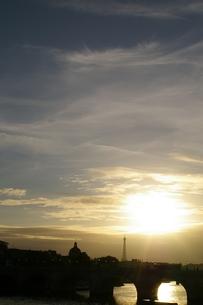 パリの夕景の素材 [FYI00455859]