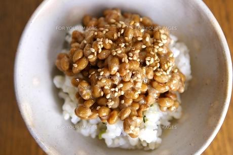 納豆ご飯の素材 [FYI00455888]