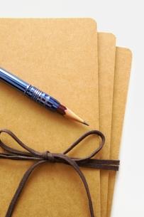 ノートと鉛筆の写真素材 [FYI00455940]