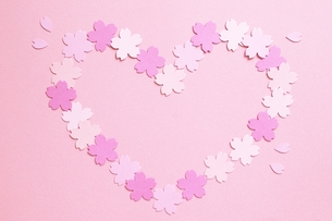 桜のハートの素材 [FYI00455982]