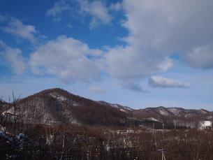 空と山の写真素材 [FYI00456035]